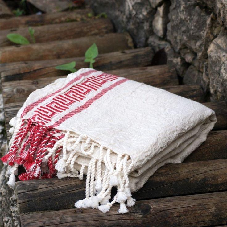 Eskitme peştemal - Ebat: 80x180 cm İçerik: %40 Keten %60 Pamuk Renk: Natural - Kırmızı Paket İçeriği: 1 adet Özellik: Yıkanmış