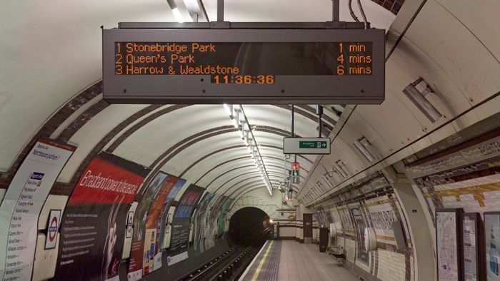 With over 12,000 railway displays supplied worldwide, Data Display is a specialist in displays for customer information systems (CIS)