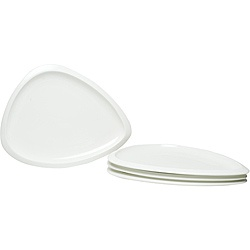 @Overstock - These Vanilla Trends plates are unique serving pieces that are great for finger foods, appetizers or side dishes, Asian or Mediterranean cuisine. With these stylish triangle plates you can give your table setting a modern look.http://www.overstock.com/Home-Garden/Red-Vanilla-Trends-10.25-in-Triangle-Plates-Set-of-6/5718150/product.html?CID=214117 $43.99