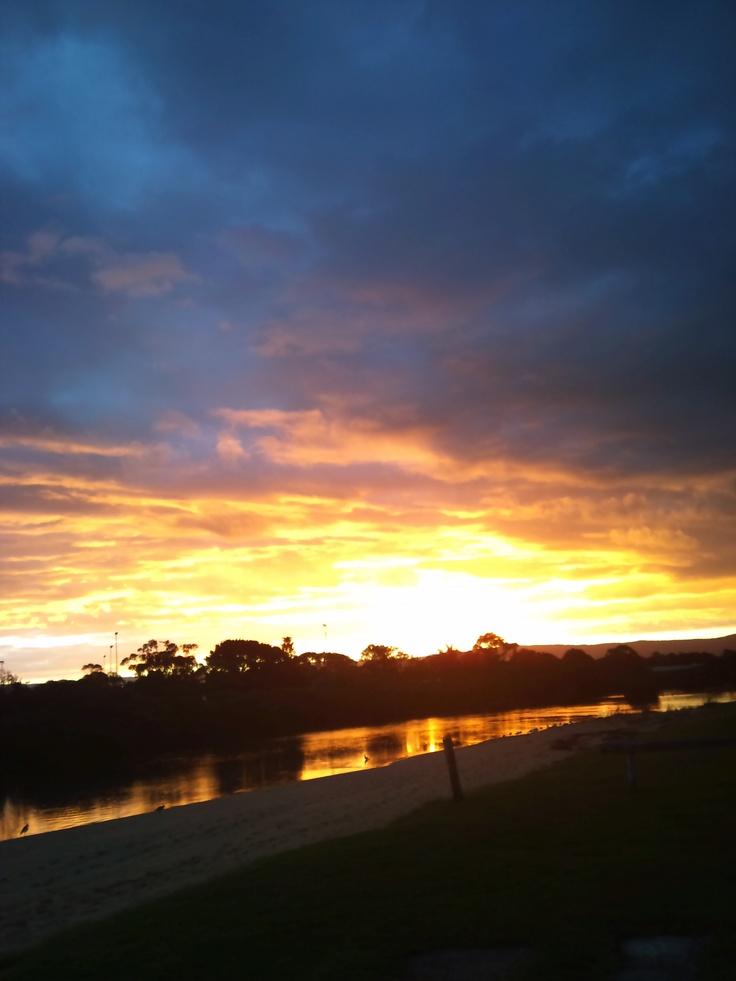 Sunset- Lake Windemere Caravan Park