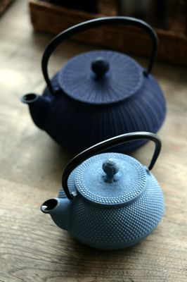 Japanese iron kettle / http://blog.shop.connacht.jp
