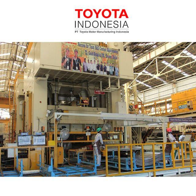 """Untuk menunjang aktivitas produksi karyawan, TMMIN menciptakan lingkungan kerja yang """"BRIGHT"""", dimana lingkungan kerja yang cerah akan meningkatkan hasil kerja, karena didukung oleh kondisi kerja yang memadai #TMMIN #ToyotaIndonesia"""