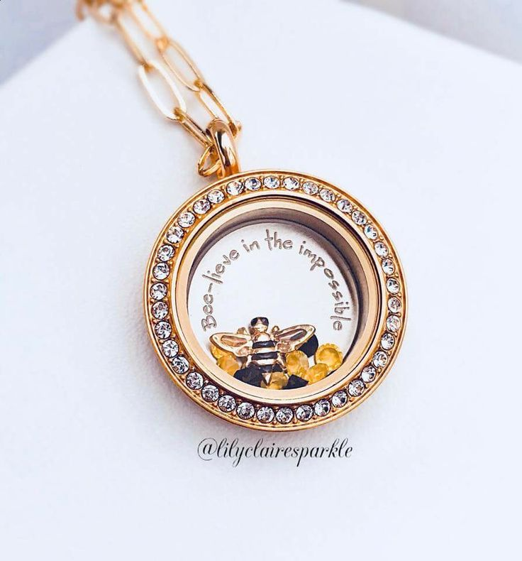 Origami Owl 2018 Spring Gifting Collection | Origami Owl Living Lockets make the perfect gift for your all the special women in your life! Create their story with a personalized locket and adorable charms! | #origamiowl #giftideas #personalized #jewelry