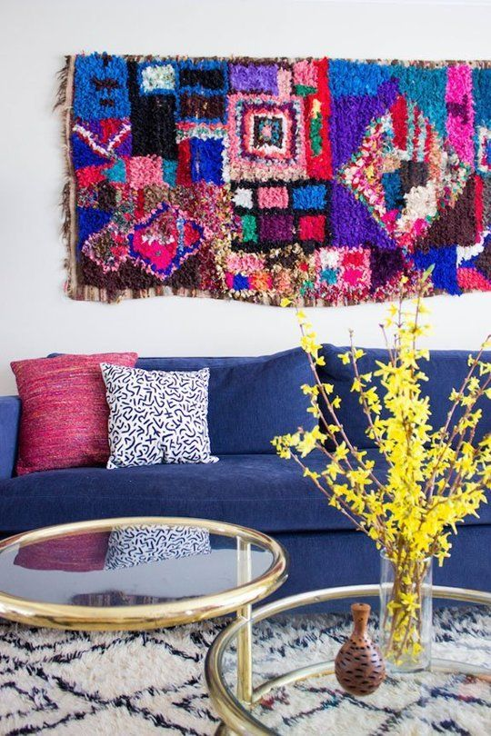 Stylish Solutions for the Space Above the Couch