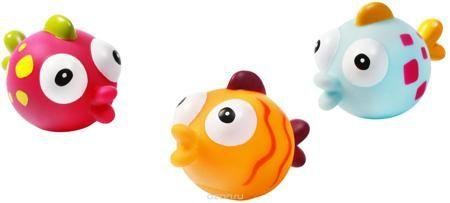 """BabyOno Набор игрушек для ванной Рыбки 3 шт  — 744р. ----------- С набором игрушек для ванной BabyOno """"Рыбки"""" принимать водные процедуры станет еще веселее и приятнее. В набор входят 3 игрушки в виде разноцветных рыбок. Игрушки могут брызгать водой. Набор доставит ребенку большое удовольствие и поможет преодолеть страх перед купанием. Игрушки для ванной способствуют развитию воображения, цветового в��сприятия, тактильных ощущений и мелкой моторики рук. Товар сертифицирован."""
