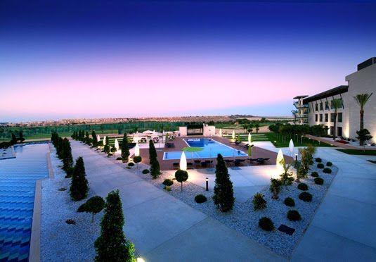 Elegantes, modernes und luxuriöses Hotel mit Golfplatz an der Costa Blanca - inklusive Frühstück