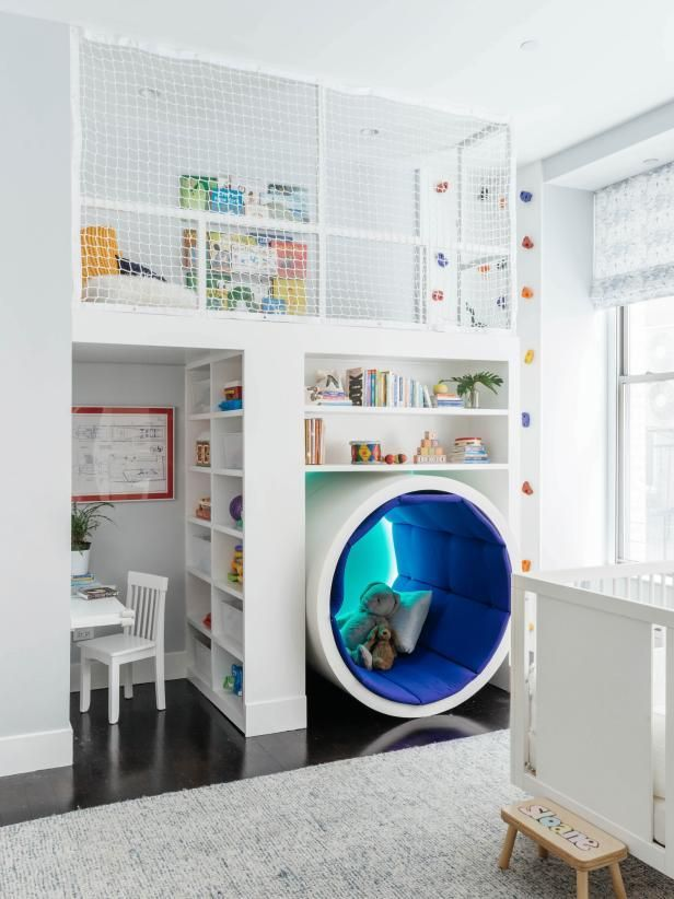 groß Playroom With Climbing Wall and Play Loft
