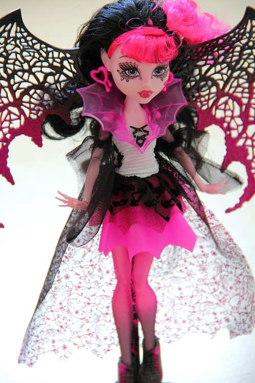 monster high dolls see more draculara draculahalloween decorationsinspired