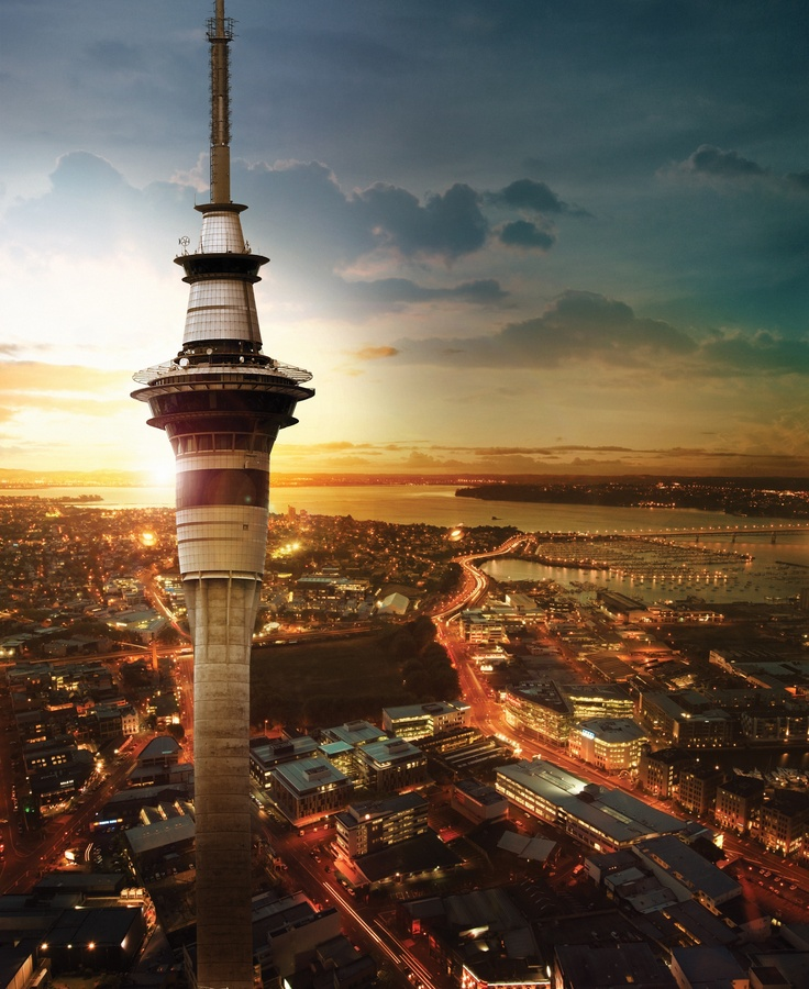 @ Sky Tower, SKYCITY. Sunset over Auckland City