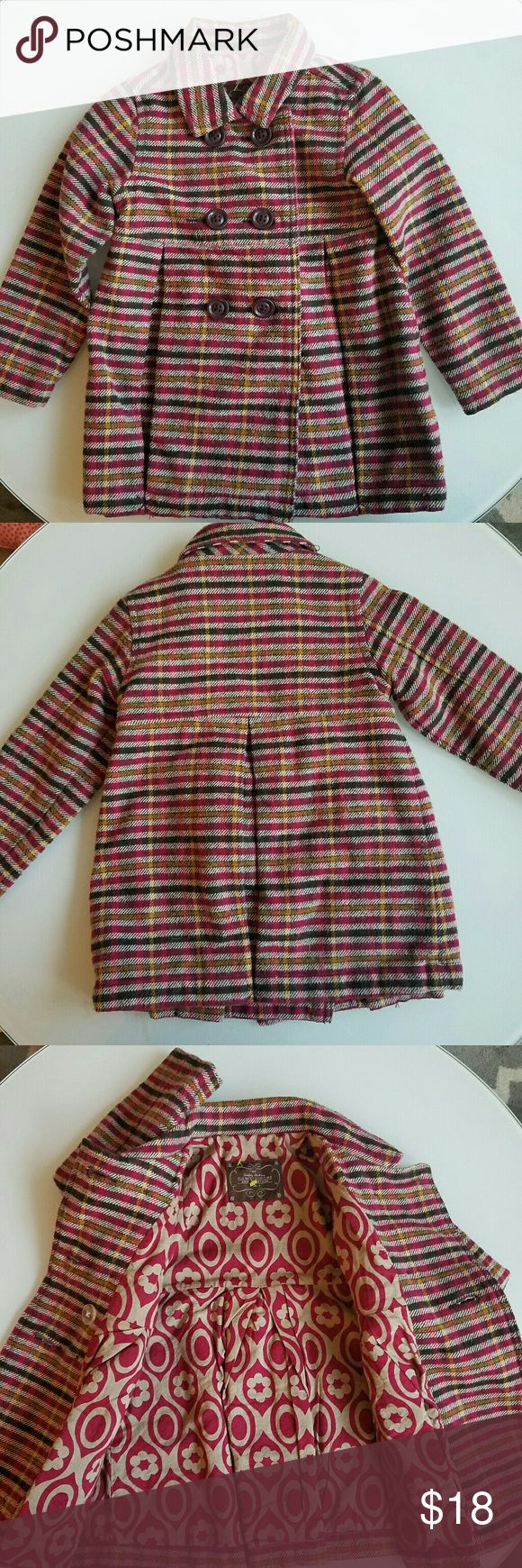 OLD NAVY GIRLS PEACOAT SIZE 3T So darling. This is a striped peacoat. Double breasted button coat. Great for spring! Size 3T Brand: Old Navy Old Navy Jackets & Coats Pea Coats