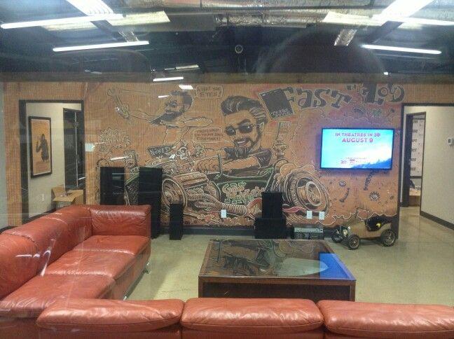 inside gas monkey garage fast and loud pinterest l. Black Bedroom Furniture Sets. Home Design Ideas
