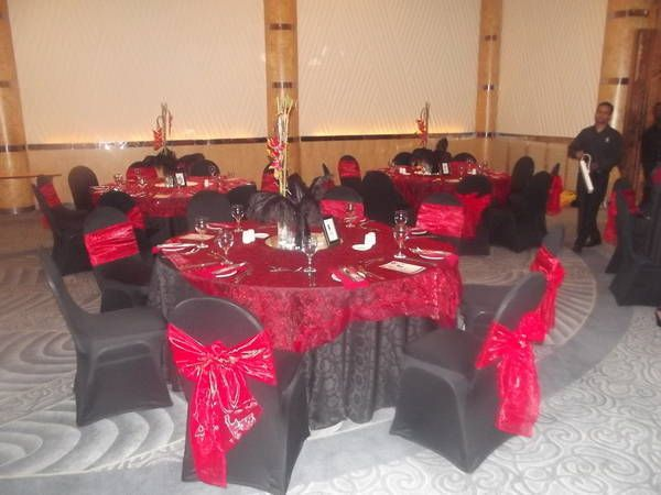 Hedgehog Party Services are party planners as well as florists - so whether you need a jumping castle or beautiful table settings for adults give them a try  http://jzk.co.za/rt