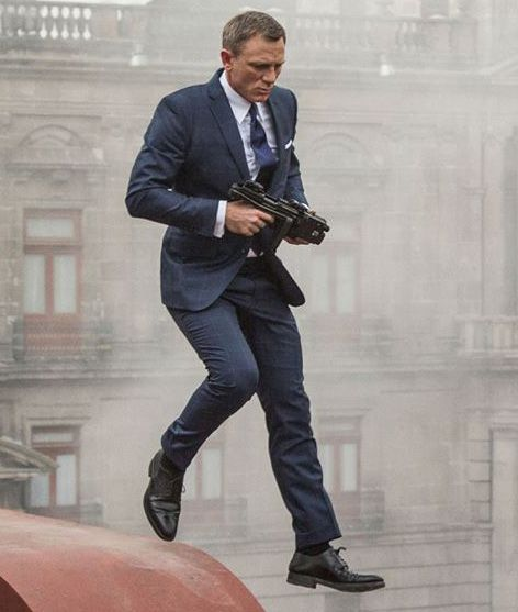 spectre james bond mexico chase outfit