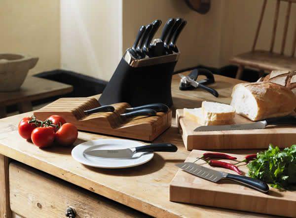 17 migliori idee su coltelli da cucina su pinterest - Kit coltelli da cucina ...