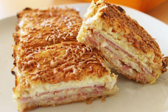 Avez-vous déjà entendu parler du croque cake? Ce plat, qui fait beaucoup parler de lui, risque de vous faire tomber à la renverse, et ravira les plus gourmands d'entre nous (on avoue, on en fait partie!). @caroestd...