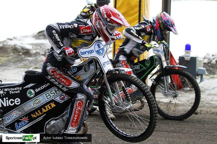 Pierwsze wyścigi na Motoarenie   First heats at MotoArena stadium, Poland