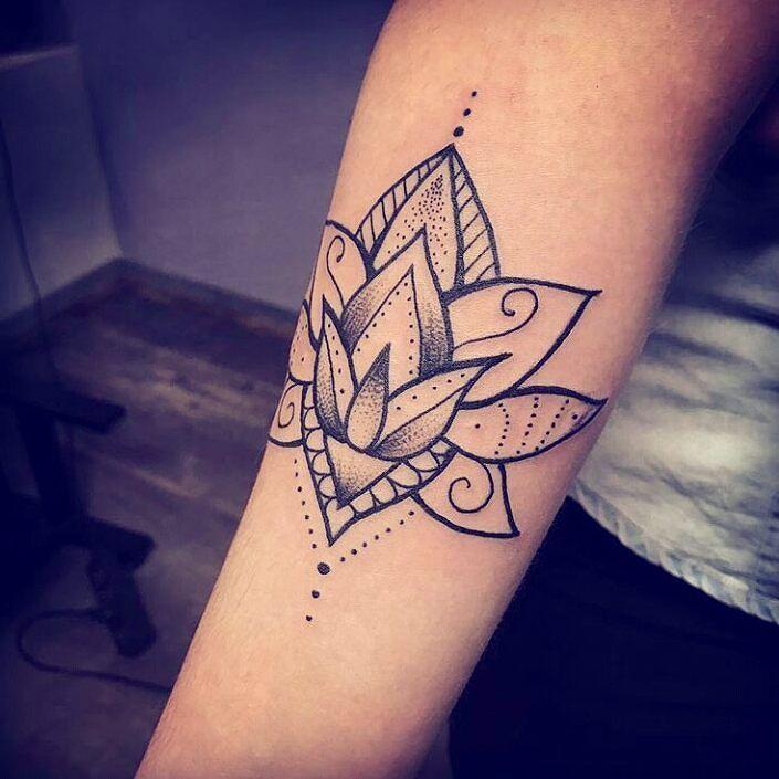 Les 25 meilleures id es de la cat gorie tatouage signe infini sur pinterest signe infini - Tatouage symbole infini ...