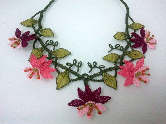 Pink BurgundyLotus FlowersNecklacePink by needlecrochet on Etsy