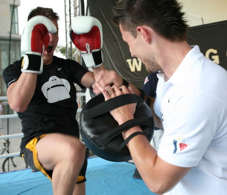#JaroslavJanus and professional thai-boxer during Golem Fun Day 2013 in Eurovea