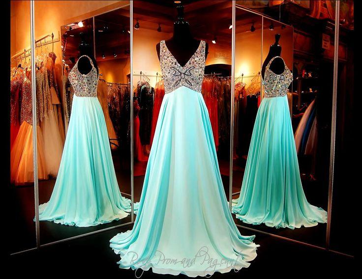 305 best prom dresses images on Pinterest | Formal dresses ...