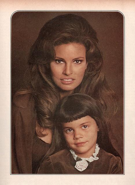 Raquel Welch  daughter Tahnee & Josh Brolin, Diane Lane and Family http://www.pinterest.com/pin/233202086930522060/