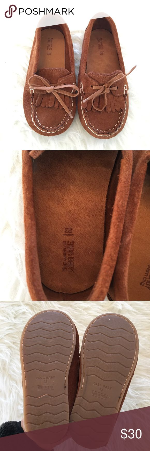"""Zara Baby Boy Suede Moccasin Loafer Fringe Shoes Zara Baby Boy Suede Moccasin Loafer Fringe Shoes Size 23.   Brown suede loafers with fringe and ties.  Rubber sole. Worn once if at all.    Sole measures a bit over 6"""". Zara Shoes Dress Shoes"""