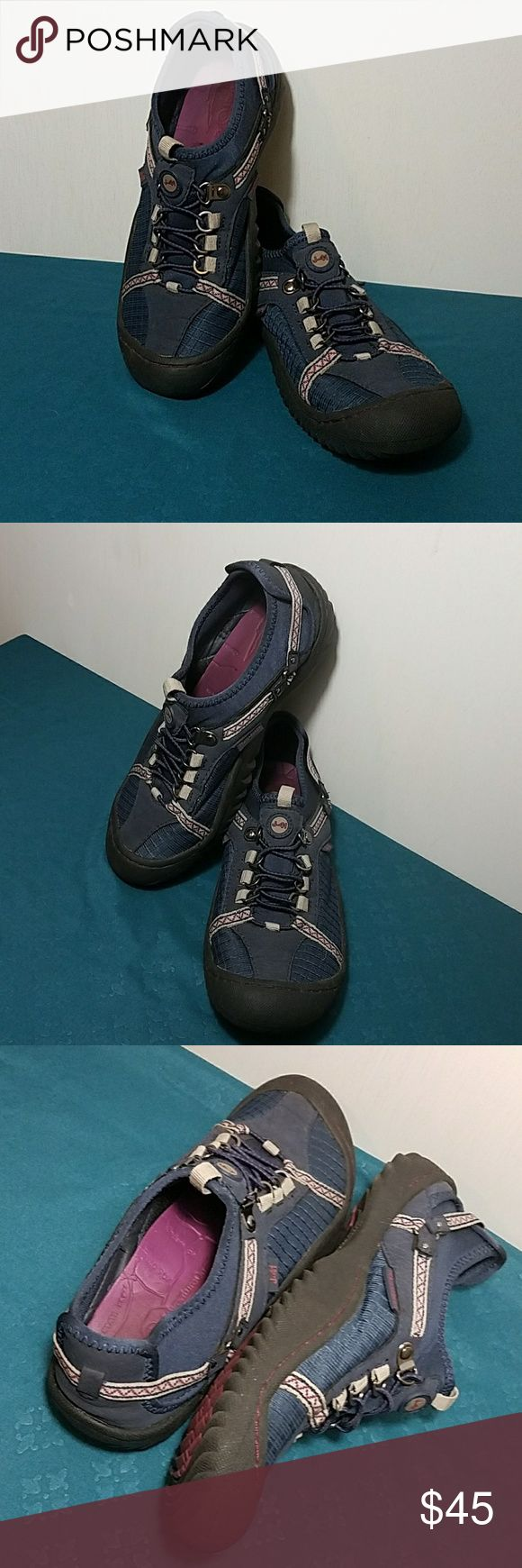 J41 JEEP Trail Ready Shoes Sz 8 Excellent Condition,  Appear New, J41 Jeep engineered traction Trail Ready shoes, navy and plum J-41 Shoes