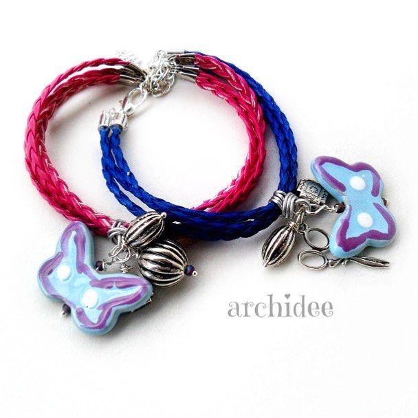 Super facili! Braccialetti con cordino in ecopelle filo di alluminio e perle varie. Questo tipo di link vi permetterà di personalizzare qualsiasi bracciale multifilo  ne parlo nel blog http://www.archideeonline.com/tutorial-braccialetti-wire/ . . . #archidee #becreative #bepositive #bracelet #bracciale #braccialetto #wirewrapping #wirewrapped #wirewrapjewelry #fashionbracelet #stackbracelets #stackbracelet #braid #youtube #blog #blogger #instablog #blogging #jewelryblogger #jewelryblog…