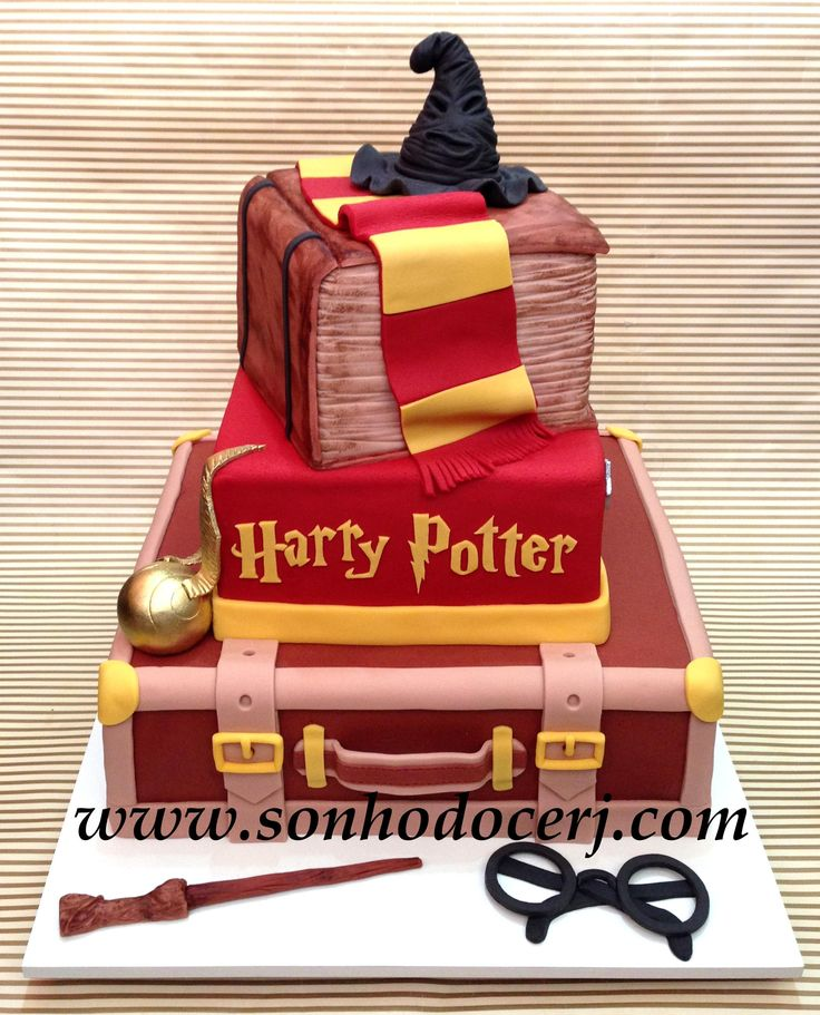 die besten 25 harry potter schal ideen auf pinterest harry potter kuchen dekoration harry. Black Bedroom Furniture Sets. Home Design Ideas