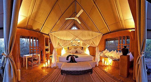 Perfect for a romantic evening..Garonga.. http://www.perfecthideaways.co.za/Details/Garonga-Safari-Camp