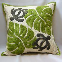 Hawaiian quilt cushion