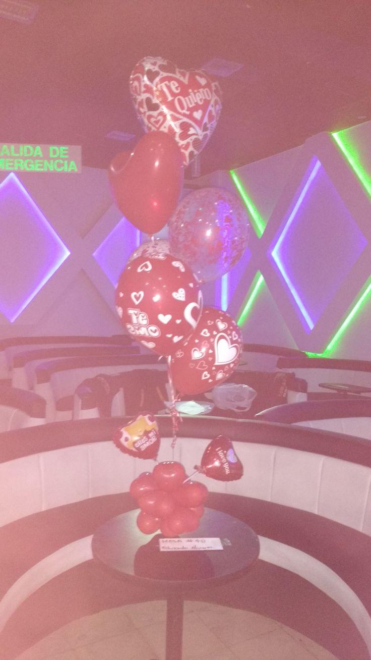 Centro mesa globos en helio $25.000 c/u Contactenos 3727281-3153170602 Cali- Colombia