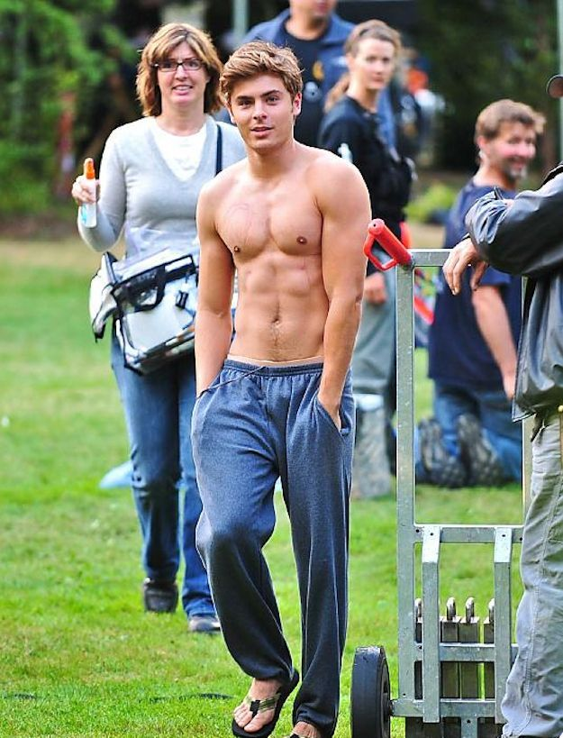 The 25 Absolute Best Pictures Of Zac Efron On The Internet - BuzzFeed Mobile