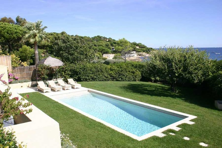 Villa Escale Beach, St Tropez - A fantastic waterfront property with private beach access! #villa #luxury #waterfront #mediterranean