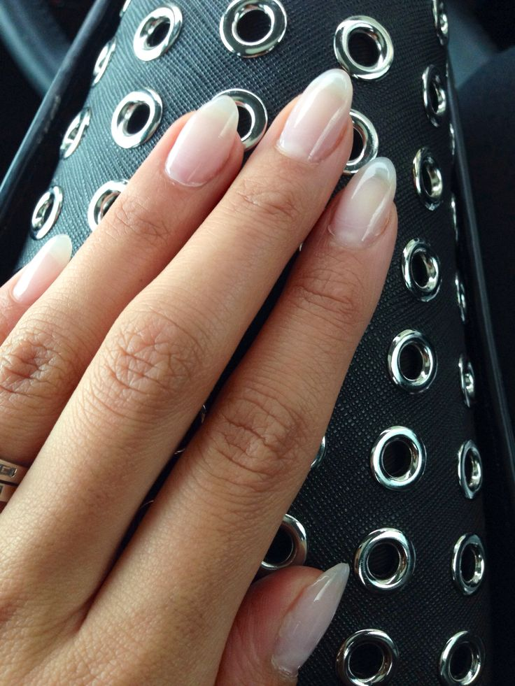 Natural looking almond gel nails~ I'd love my nails to look like this!