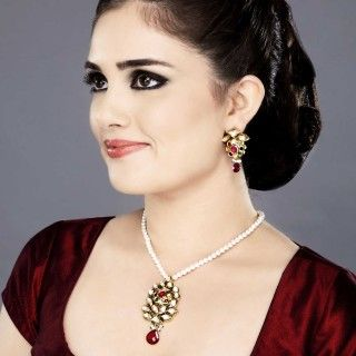 Featuring this beautiful Nav-ratan Pendent Necklace set in our wide range of Sets. Grab yourself one Now!