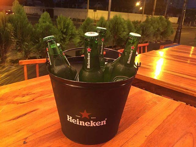 VIERNES CERVEZERO ☀🌴samoabeach☀🌴 $9.99 x 4 Micheladas $13 x 6 club verde $13 x 6 pilsener light $15 torre de cerveza $15 beer pong $20 x 6 heiniken $20 x7 miller draft $20 x 5 coronas  #samoabeach #salinas2017#salinas #chipipe #spot #laugh#friends #restaurant #cocteles #party #corona #heiniken #miller #clubverde #pilsenerlight RSV 0994730329 @samoabeach #montereylocals #salinaslocals- posted by Sāmoabeach https://www.instagram.com/samoabeach - See more of Salinas, CA at…