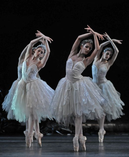 "balletish: "" Swan Lake - Royal Ballet photo by © Dave Morgan """