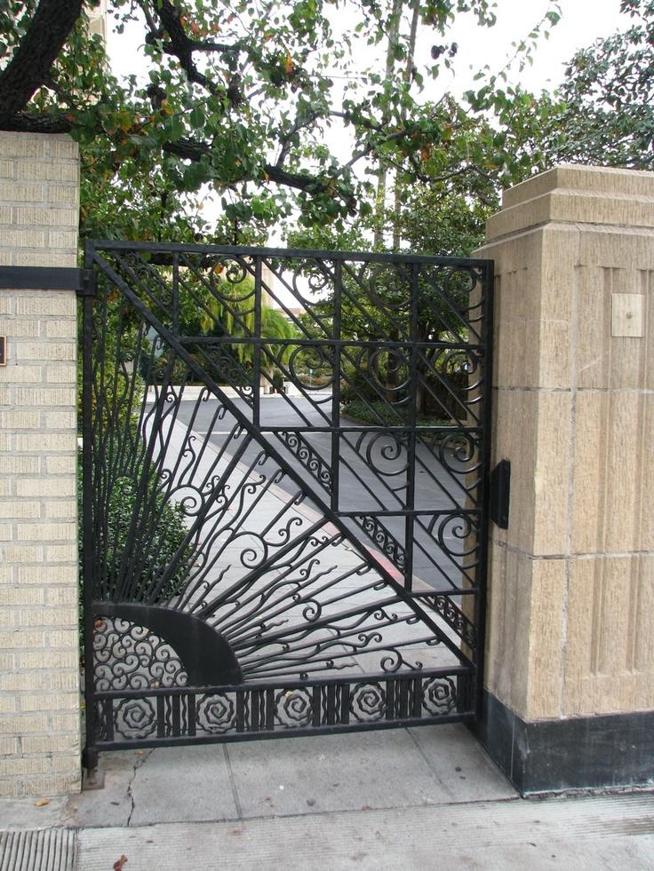 Art Deco Gate, Southwestern Law School, Wilshire Blvd, Los Angeles