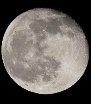 Już dzisiaj na niebie zaświeci Blue Moon. Następna taka pełnia za prawie 3 lata. http://tvnmeteo.tvn24.pl/informacje-pogoda/ciekawostki,49/juz-dzisiaj-na-niebie-zaswieci-blue-moon-nastepna-taka-pelnia-za-prawie-3-lata,174858,1,0.html