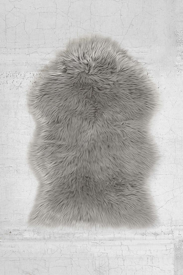 25 best ideas about sheepskin rug on pinterest faux sheepskin rug white faux fur rug and. Black Bedroom Furniture Sets. Home Design Ideas