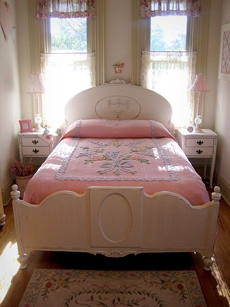 25 best ideas about white full size bed on pinterest full size storage bed kids full size. Black Bedroom Furniture Sets. Home Design Ideas
