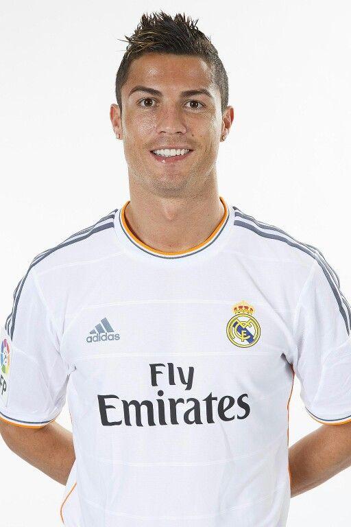 Cristiano Ronaldo - Oficial Portrait