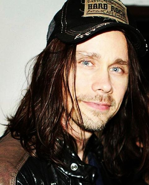 One more for #throwbackthursday ...just cuz!;) ❤❤ (c)owner #myleskennedy…