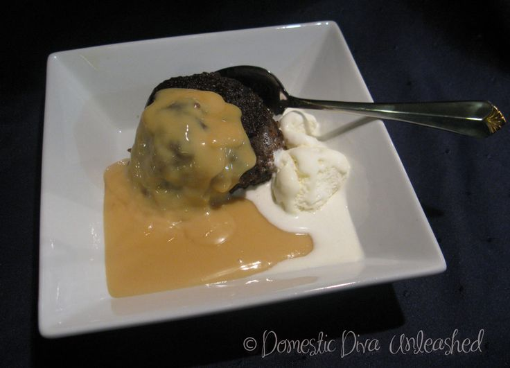 Domestic Diva: Whiskey Cream Sauce. A yummy version of a Christmas brandy sauce. Recipes for both microwave and Thermomix.