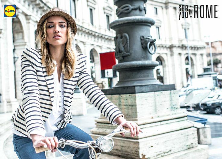 Elegancja w każdej sytuacji i o każdej porze! Klasyczne jeansy i idealne do nich bluzki by Lidl. #lidl #moda #damska #esmara