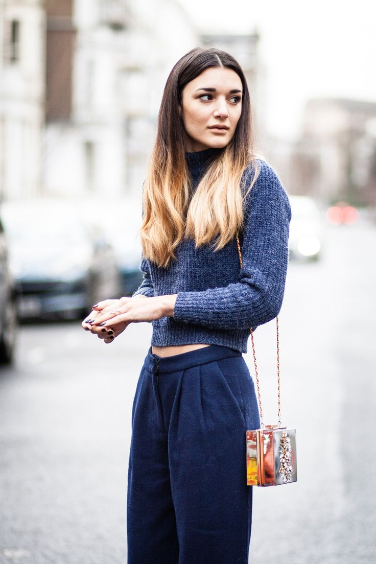 UK Blogger AnisaSojka.com wearing Few Moda Keaton Pants ($89.9) and Keation Sweater ($39.9) with 20% sign up discount
