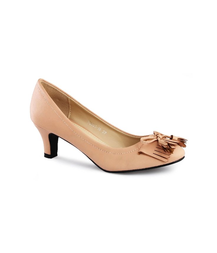 Tassel Kitten Heels.. So that no one can tame your Tassels!