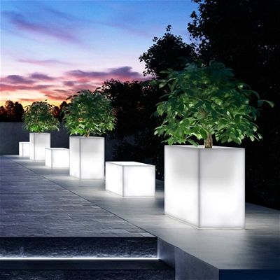 Light Plant pots. Landscaping. Garden. Planting