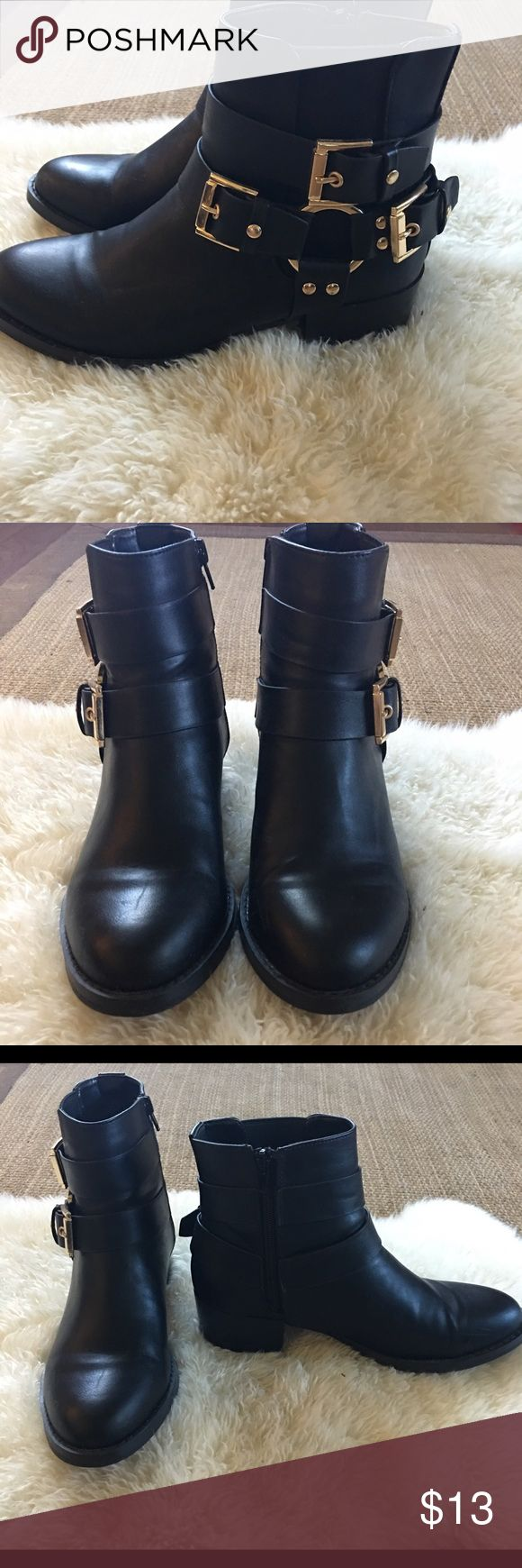 Forever 21 Black Moto Boots With Gold Hardware Forever 21 Black Moto Boots With Gold Hardware And Zipper Closure. Great Condition. Worn A Few Times. Forever 21 Shoes Combat & Moto Boots